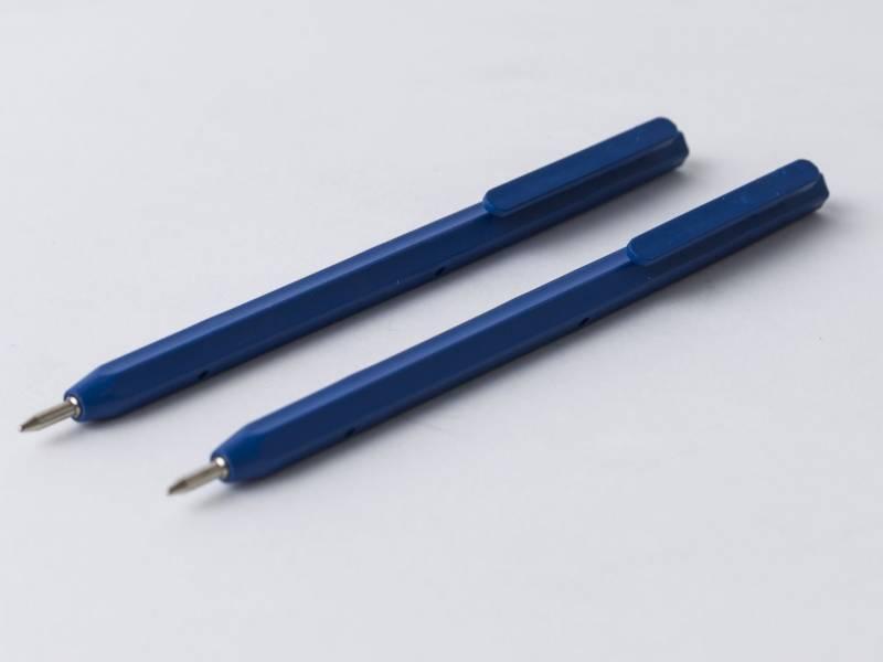 Image of   Kuglepen detekterbar blå m/clip med blå skrift (Kun 2 dele)